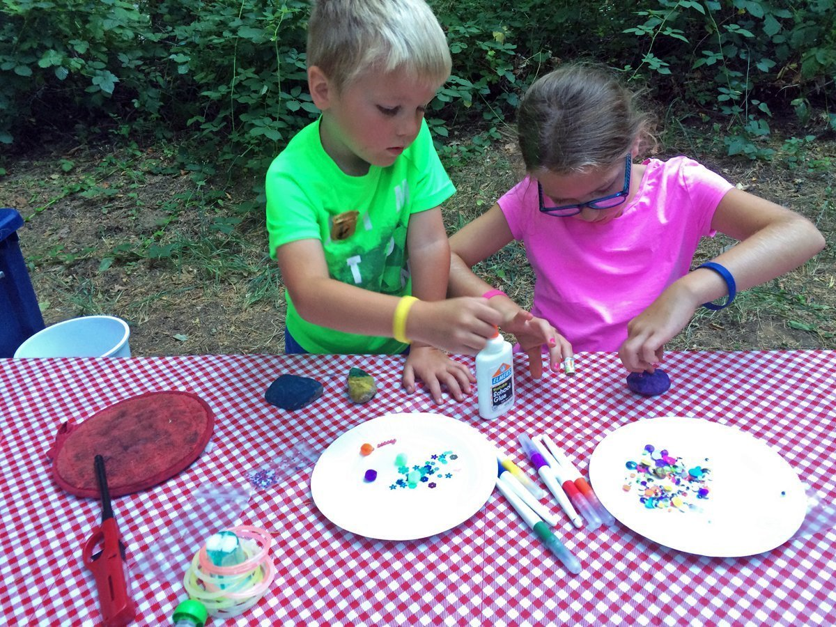 camping activities for kids at night