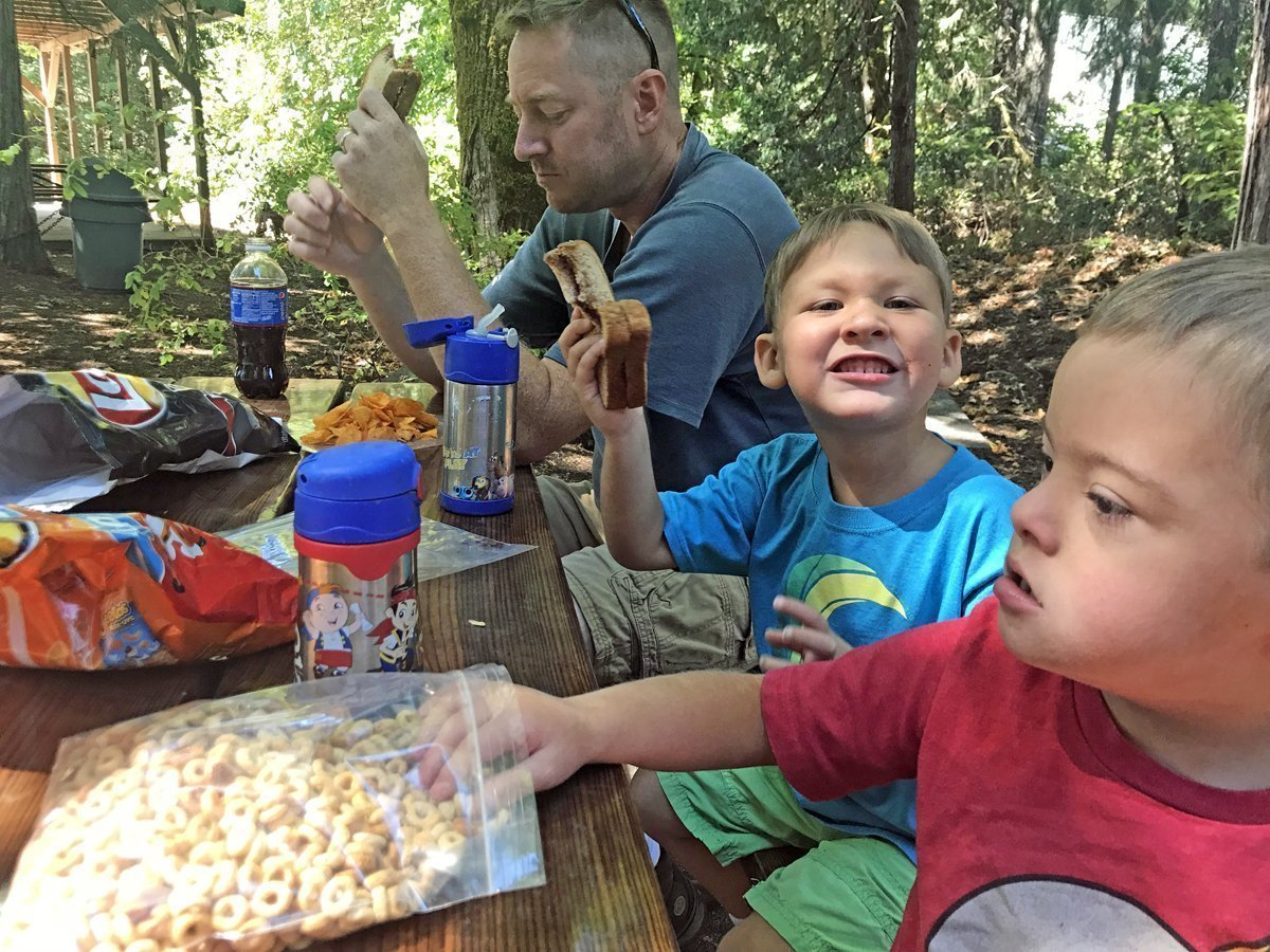 Picnic at Willamette Fish Hatchery