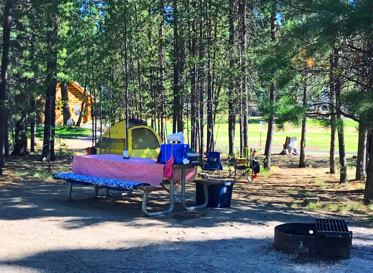 LaPine state park campground